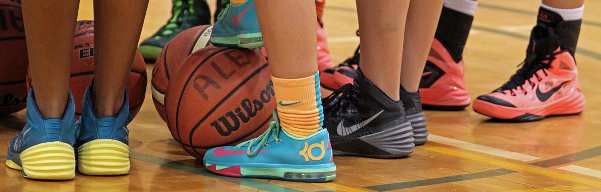 Kids Basketball Shoes with Basketball
