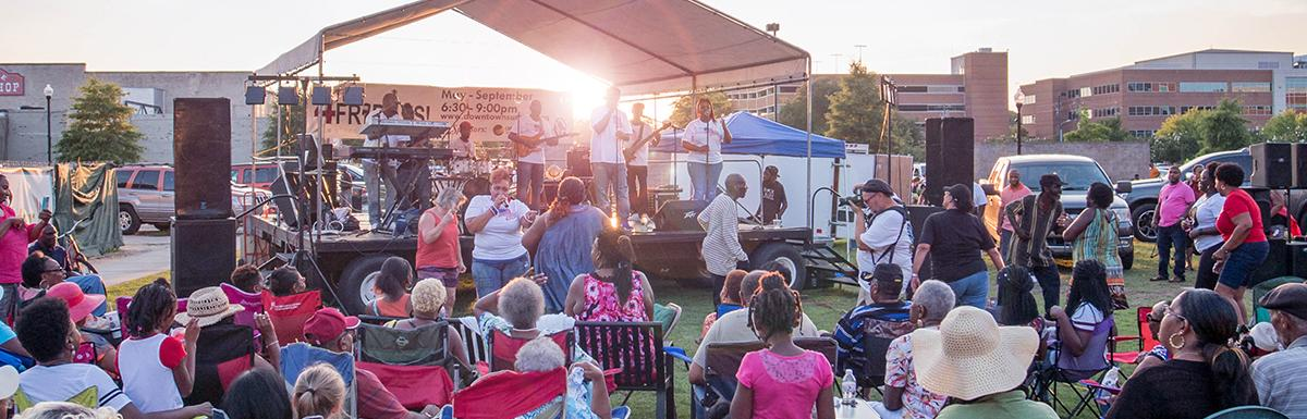 Citizens enjoy live music in Downtown Sumter