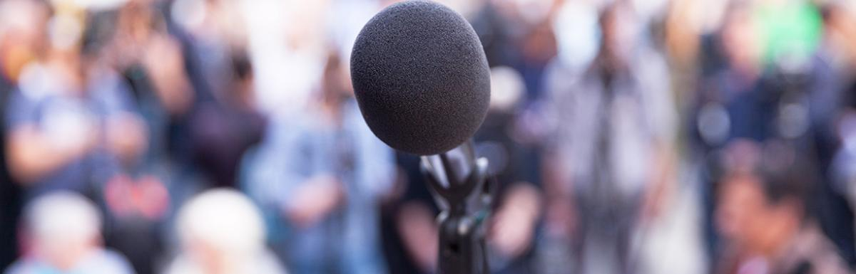 Microphone in front of news media