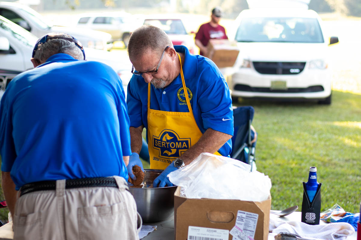 Sertoma Members Prepare Chicken Wings